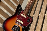 Fender Classic Player Jaguar 3 Color Sunburst-14.jpg