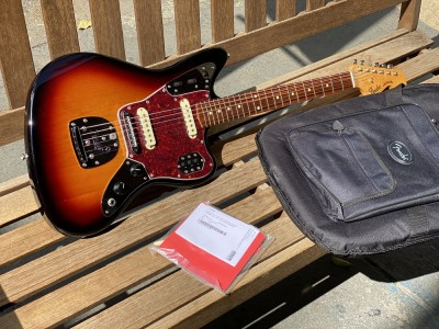 Fender Classic Player Jaguar 3 Color Sunburst
