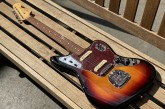 Fender Classic Player Jaguar 3 Color Sunburst-23.jpg