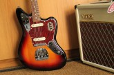 Fender Classic Player Jaguar 3 Color Sunburst-2.jpg