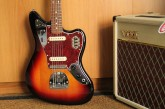 Fender Classic Player Jaguar 3 Color Sunburst-4.jpg