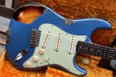 Fender Custom Shop Namm Ltd Edition 62 Stratocaster Heavy Relic Lake Placid Blue over 3 Tone Sunburst-13.jpg