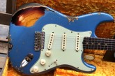 Fender Custom Shop Namm Ltd Edition 62 Stratocaster Heavy Relic Lake Placid Blue over 3 Tone Sunburst-17.jpg