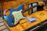 Fender Custom Shop Namm Ltd Edition 62 Stratocaster Heavy Relic Lake Placid Blue over 3 Tone Sunburst-19.jpg