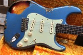 Fender Custom Shop Namm Ltd Edition 62 Stratocaster Heavy Relic Lake Placid Blue over 3 Tone Sunburst-22.jpg