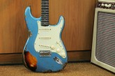 Fender Custom Shop Namm Ltd Edition 62 Stratocaster Heavy Relic Lake Placid Blue over 3 Tone Sunburst-4.jpg