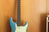 Fender Custom Shop Namm Ltd Edition 62 Stratocaster Heavy Relic Lake Placid Blue over 3 Tone Sunburst.jpg