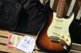 Fender Road Worn 60s Stratocaster 3 Color Sunburst-13.jpg