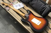 Fender Road Worn 60s Stratocaster 3 Color Sunburst-15.jpg