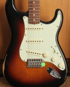 Fender Road Worn 60s Stratocaster 3 Color Sunburst