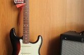 Fender Road Worn Stratocaster 3 Color Sunburst.jpg