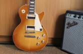 Gibson Les Paul Classic Honey Burst-7.jpg
