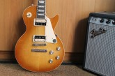 Gibson Les Paul Classic Honey Burst-8.jpg