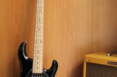 Music Man Sting Ray HH 5 cordas Black.jpg